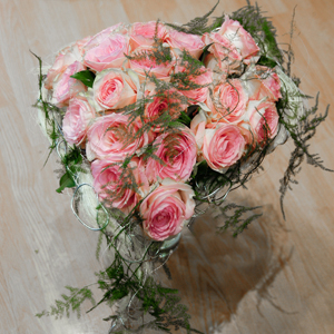 Bouquet coeur roses roses - MB Murielle Bailet ®