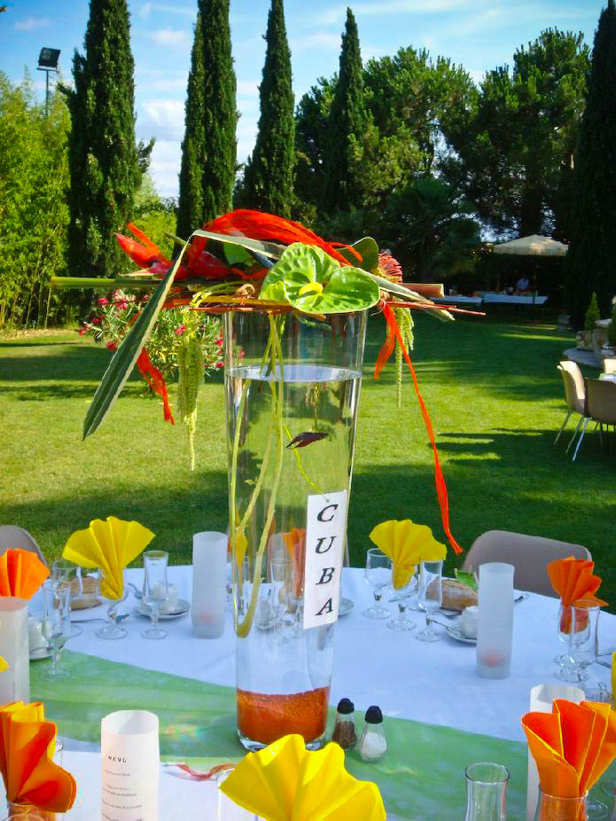 MB412 011 Centre de table coloré - Murielle Bailet Fleuriste